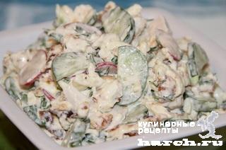 """Салат из редиса с огурцом и сырным омлетом """"Капель"""""""