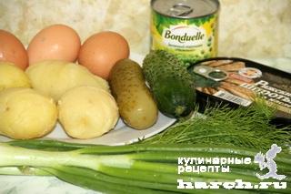 """Салат со шпротами и горошком """"Застольный"""""""