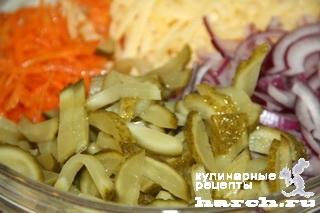 """Салат с корейской морковью и копченым мясом """"Домовой"""""""