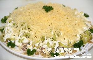 Салат со свиным языком и грибами рецепт с