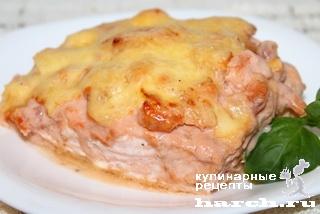 Семга, запеченная с креветками 'Парадиз'