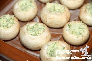shampinioni zapechenie s chesnochnim maslom 1 Шампиньоны, запеченные с чесночным маслом