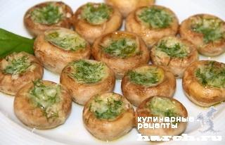 shampinioni zapechenie s chesnochnim maslom 5 Шампиньоны, запеченные с чесночным маслом