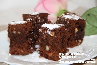 shokoladnie pirognie s mindalem brounise 12 Шоколадные пирожные с миндалем Брауниз