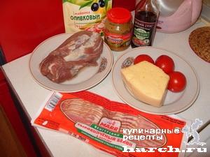 sochniy svinoi rulet s pomidorami i sirom 02 Сочный свиной рулет с помидорами и сыром