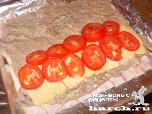 sochniy svinoi rulet s pomidorami i sirom 08 Сочный свиной рулет с помидорами и сыром