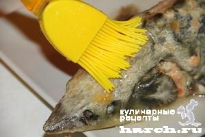 sterlyad farshirovanaya semgoy i gribami 09 Стерлядь, фаршированная семгой и грибами