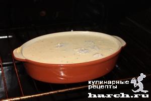 Трубочки с мясным фаршем в сырно-сливочном соусе