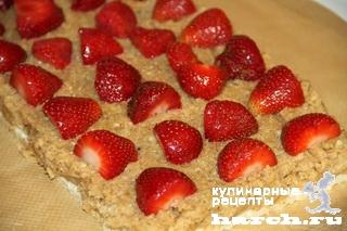 vafelniy tort bes vipechki klubnichniy smak 08 Вафельный торт без выпечки Клубничный смак