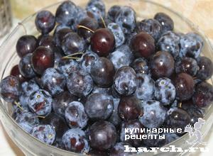 Варенье из сливы с грецкими орехами