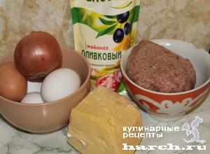 Яично-сырный рулет с куриным фаршем