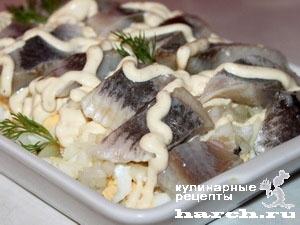 zakuska is seldi s kartofelem i yaicom piccadily 091 Закуска из сельди с картофелем и яйцом Пиккадили