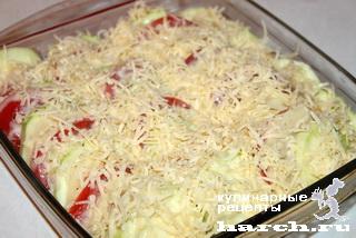Кабачки с картошкой и помидорами сыром в духовке